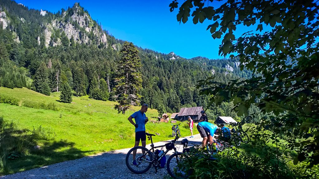 Cycling tour in Transylvania - cycling to Azuga