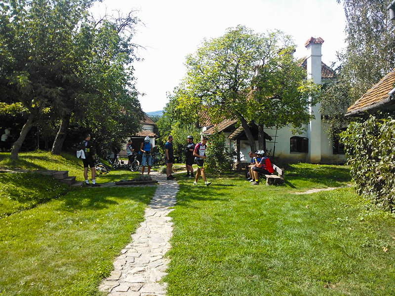 Self guided cycling tour in Transylvania - Count Kalnoky's guesthouse in Miclosoara