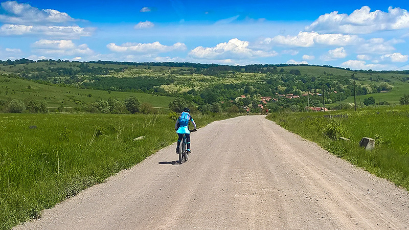 Self guided cycling tour in Transylvania - cycling to Cobor village