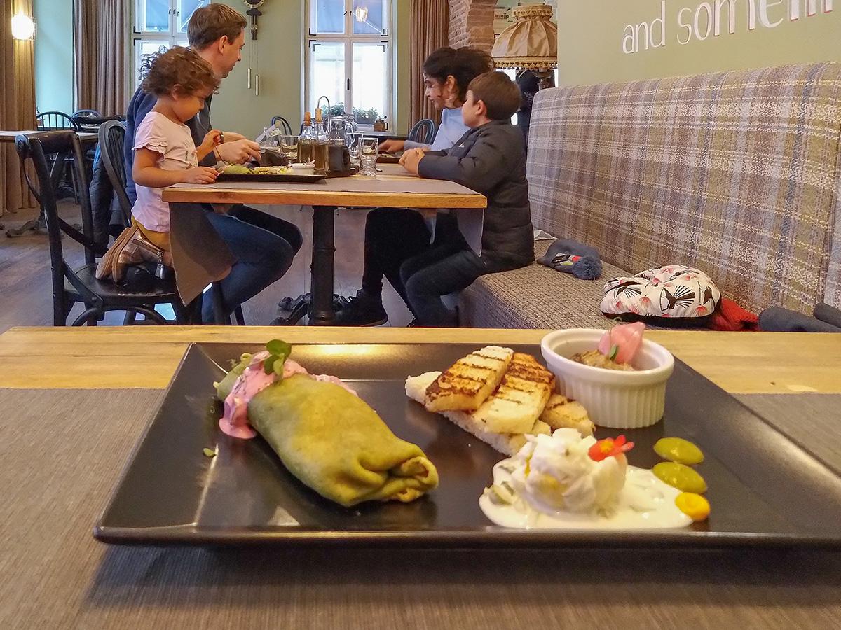 Morning food tour in Brasov 2