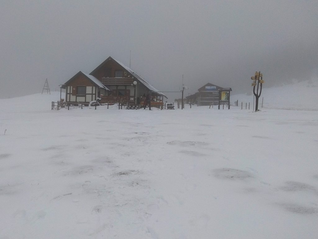 Piatra Mare hut